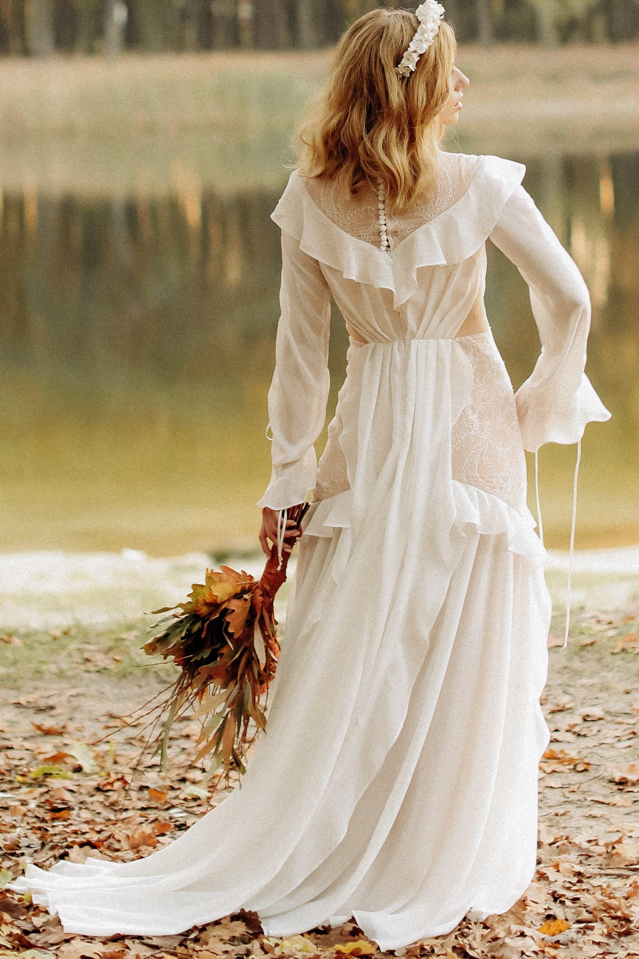 Свадебное платье «CRYSTAL», коллекция «BOHEMIAM OF WILDLIFE», бренд»LORA SONG» №5