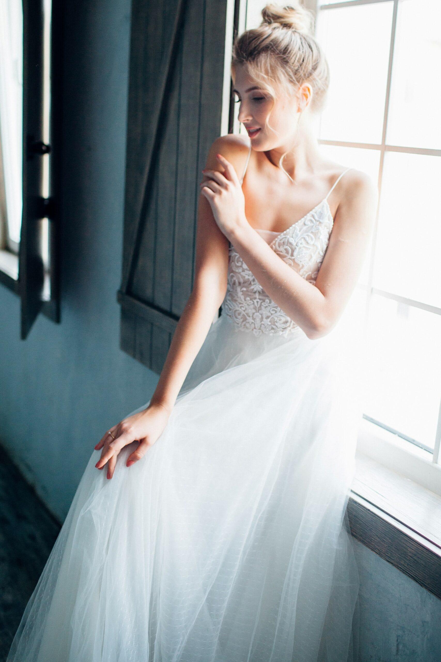 Свадебное платье ASTER, коллекция THE ANGELS, бренд RARE BRIDAL, фото 3