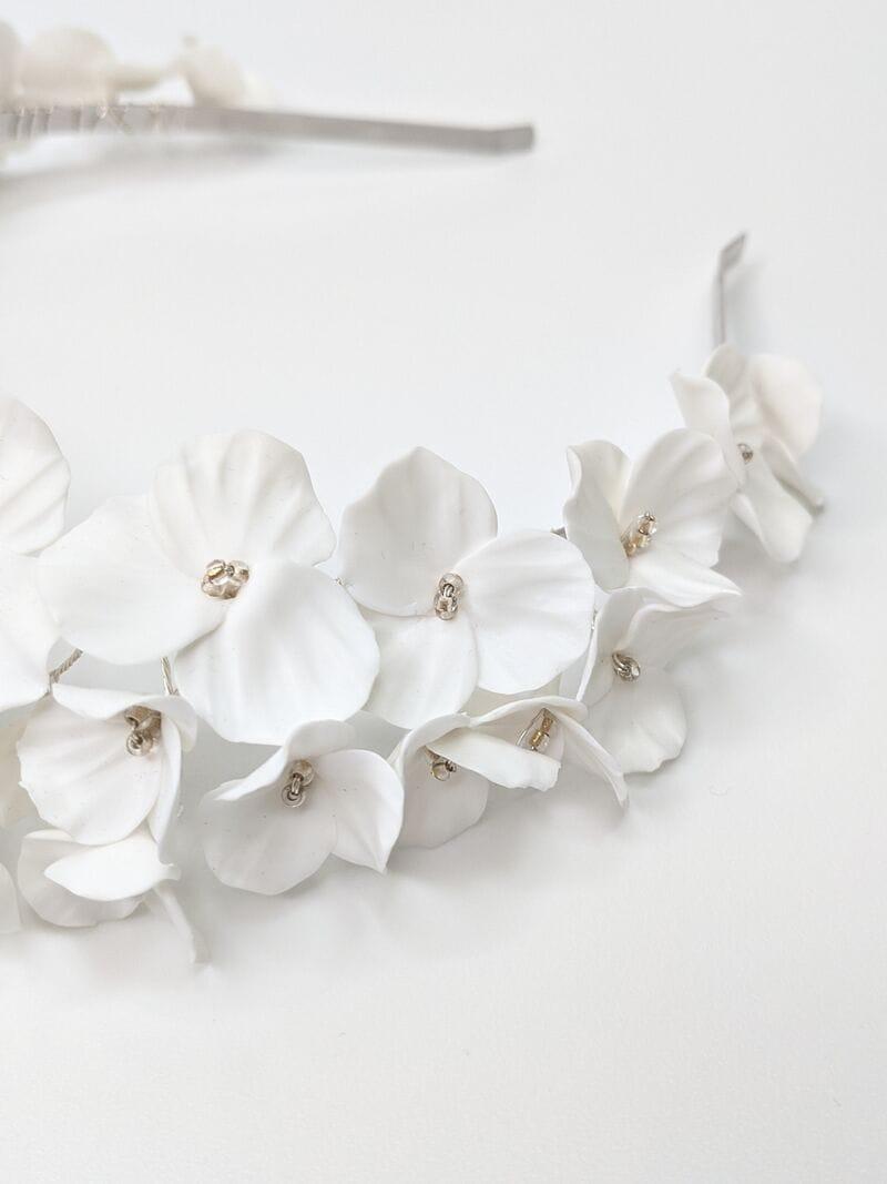 Свадебный обруч из цветов, артикул 34091002, фото №3