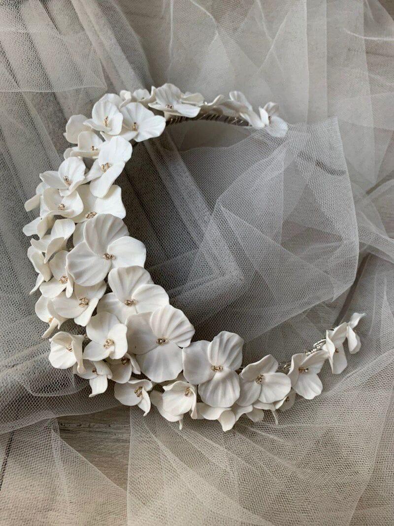Свадебный обруч из цветов, артикул 34091002, фото №5