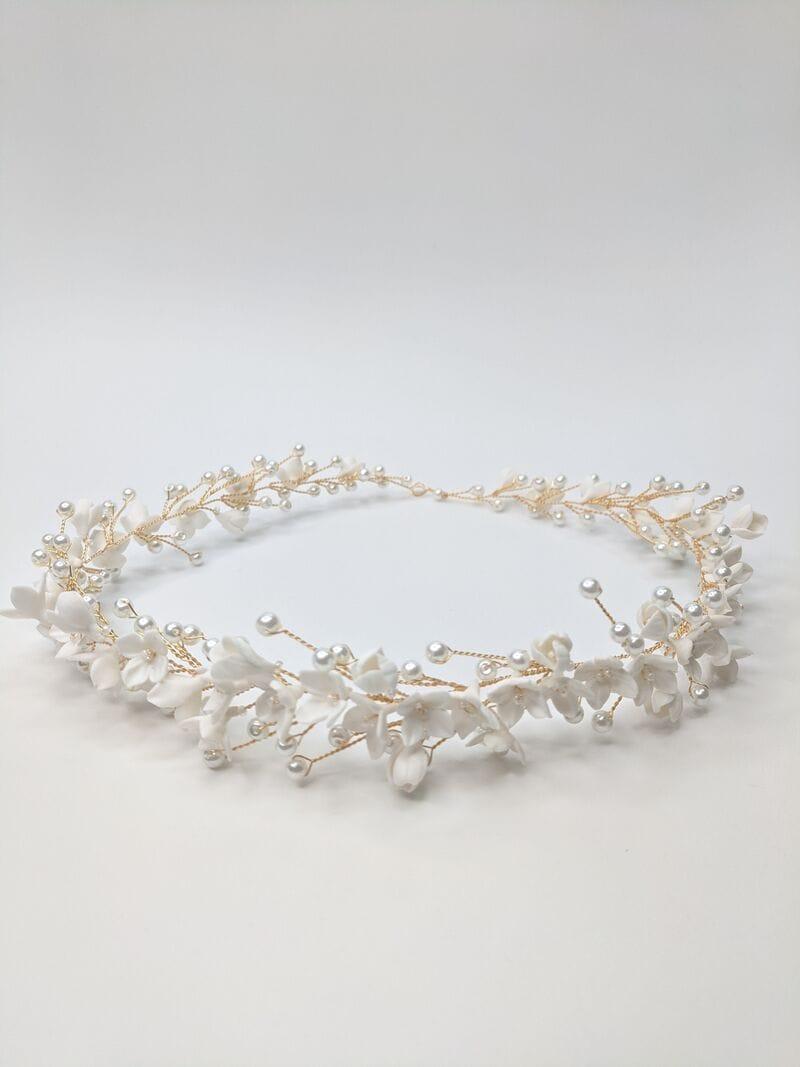 Свадебный веночек с цветами из японской глины, артикул 34110003, фото №1
