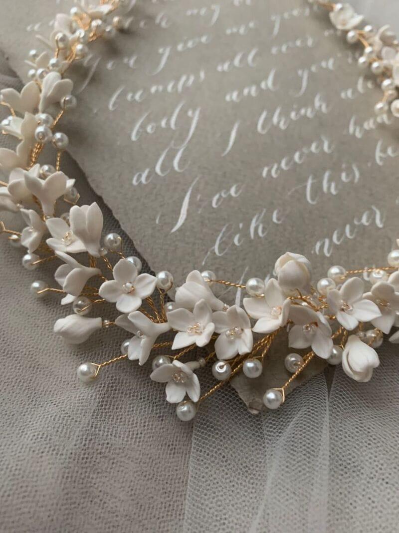 Свадебный веночек с цветами из японской глины, артикул 34110003, фото №5